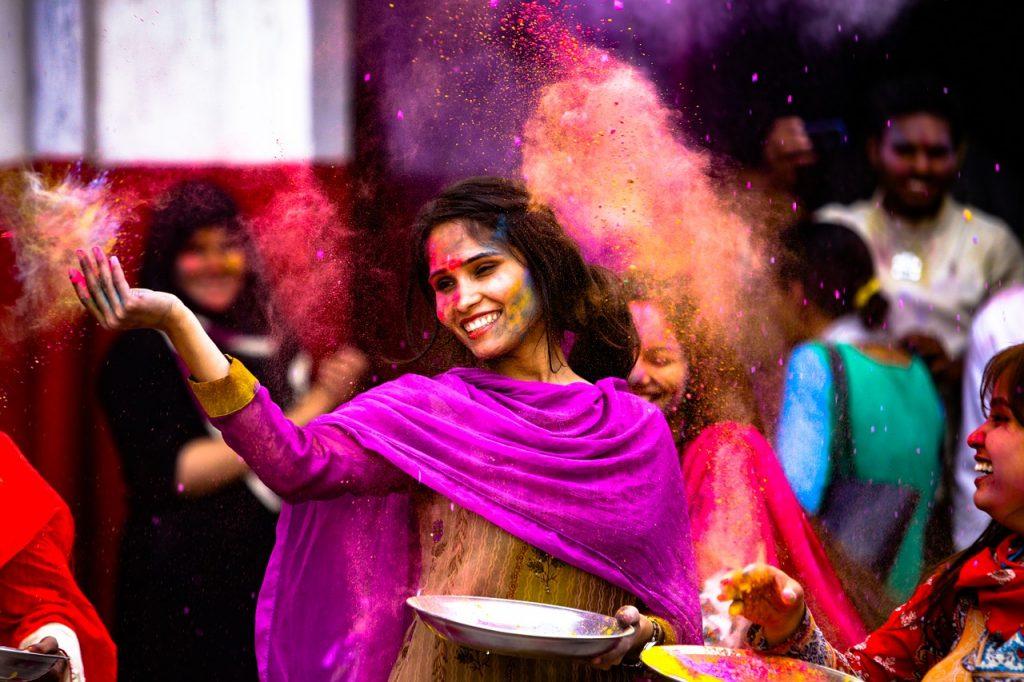 אנשים וצבעים בהודו
