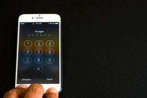 תיקון מסך לאייפון 7